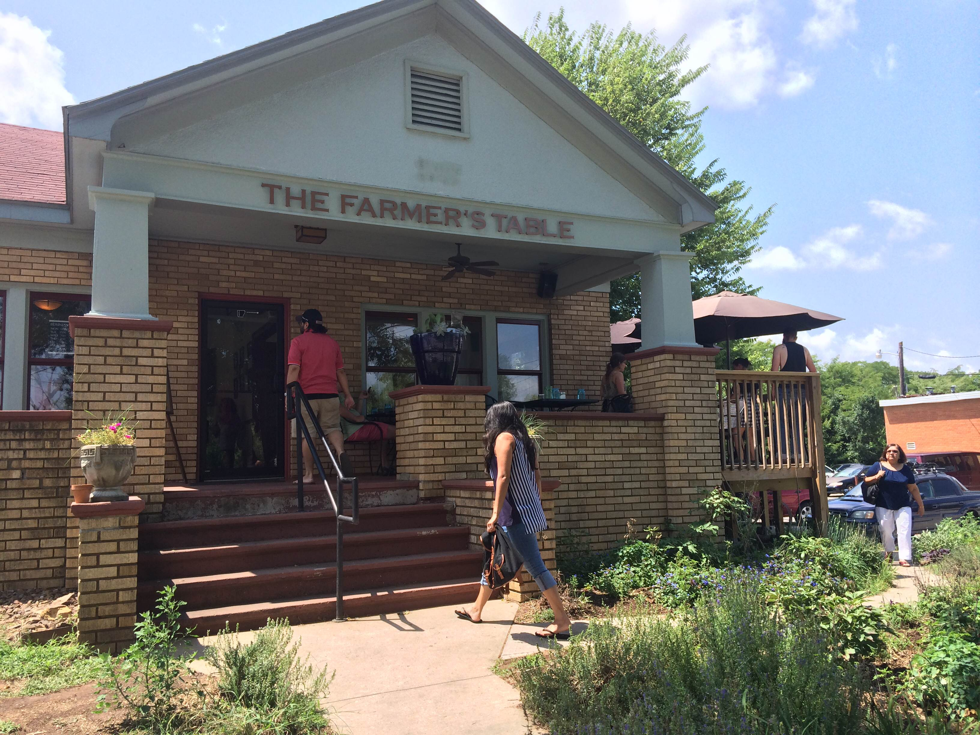 The Farmer S Table Cafe Fayetteville Lauren A Robinson